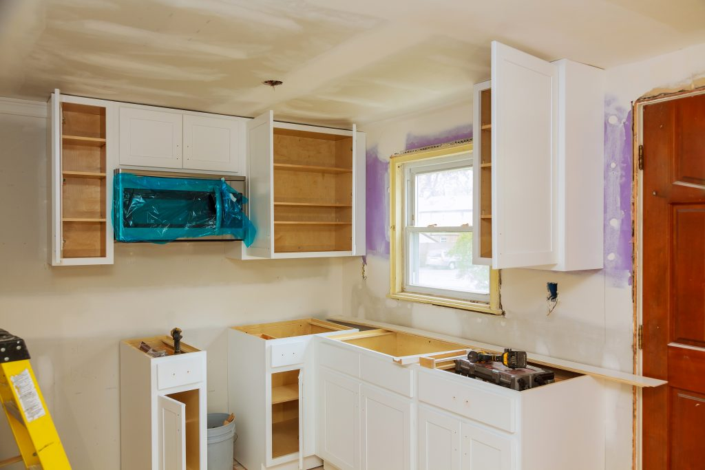 DIY Ways to Paint Your Kitchen Cabinets