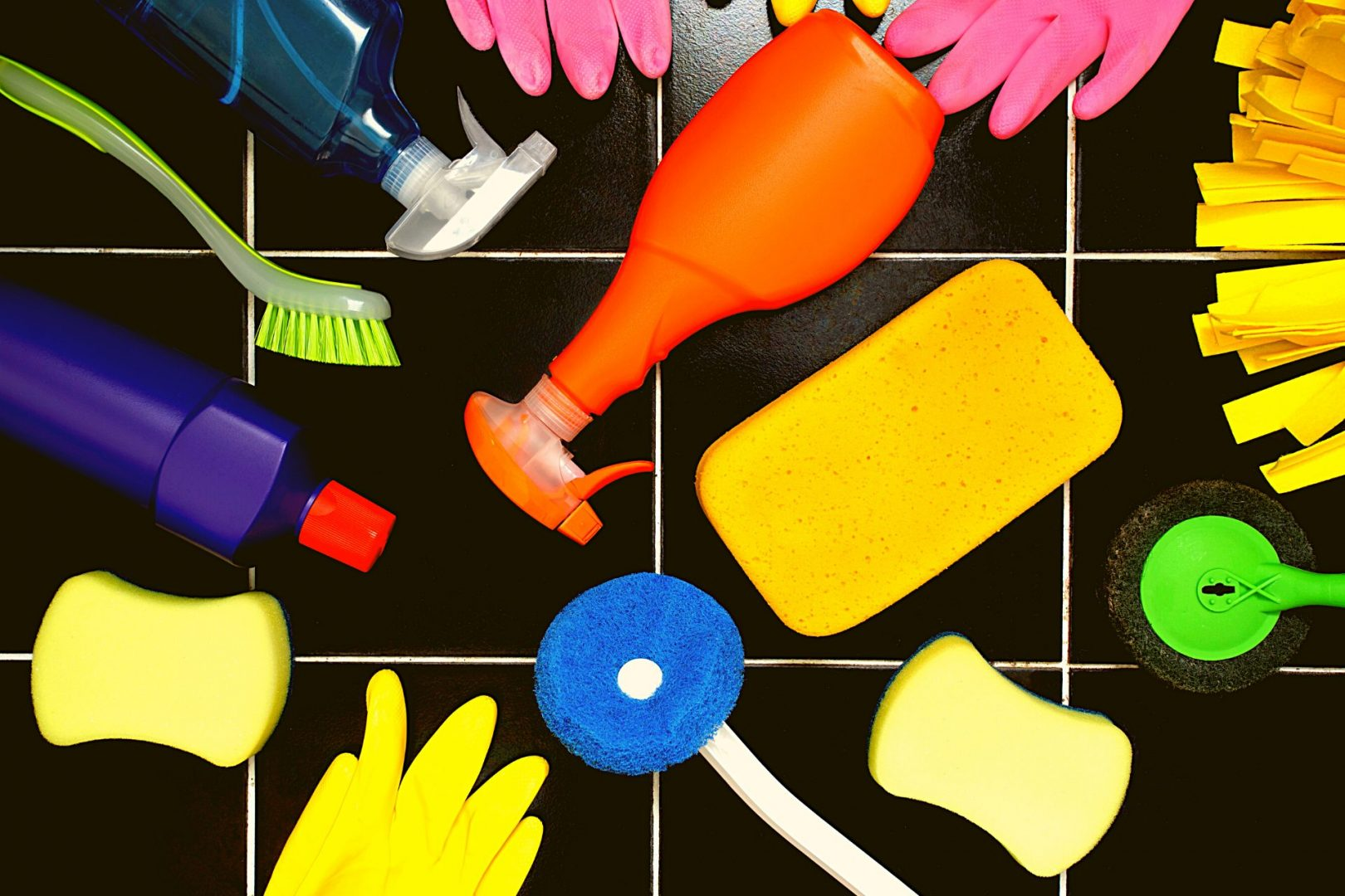 BEST WAY TO CLEAN TILE FLOORS AND GROUT